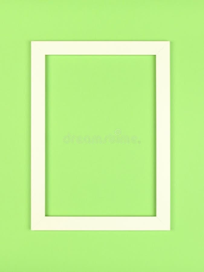 Marco vacío en fondo coloreado en colores pastel texturizado imagenes de archivo