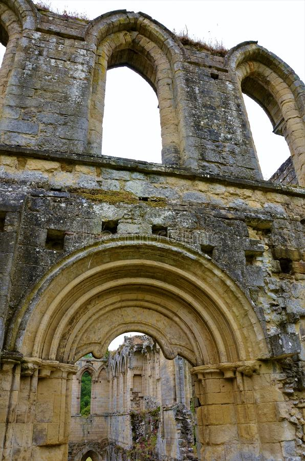 Marcos de North Yorkshire - abadia de Rievaulx imagens de stock royalty free