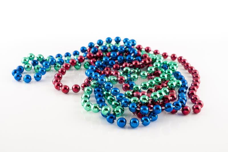 Mardi Gras-Perlen mit verschiedenen Farben lizenzfreie stockbilder