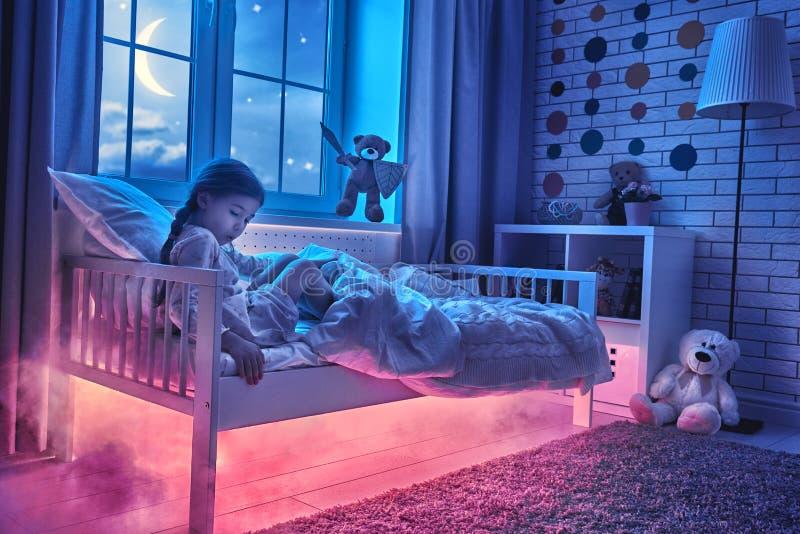 Mardröm för barn fotografering för bildbyråer