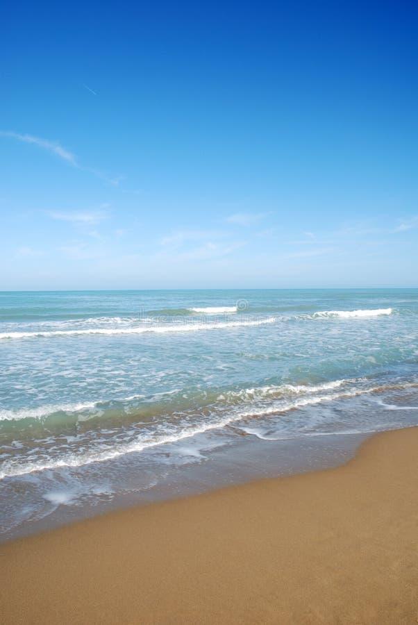Mare & cielo blu fotografie stock