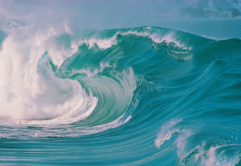 Mare con le onde fotografia stock libera da diritti