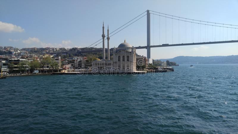 Mare del ponte della moschea immagini stock