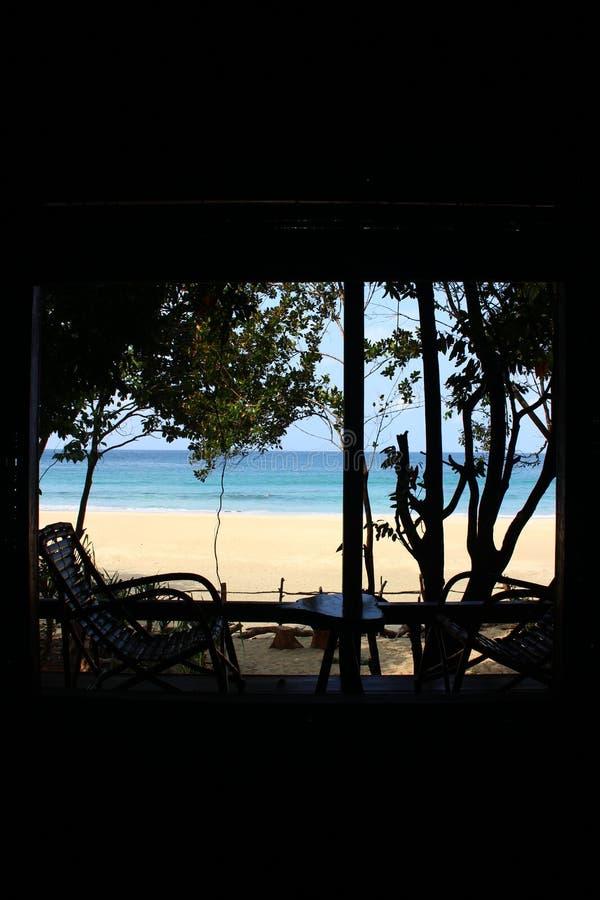 Mare delle Andamane da una vista del bungalow vicino a Dawei Myanmar fotografia stock