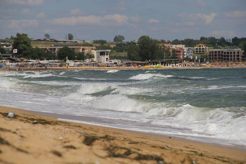 Mare, sabbia, onda, anno 2014 immagine stock