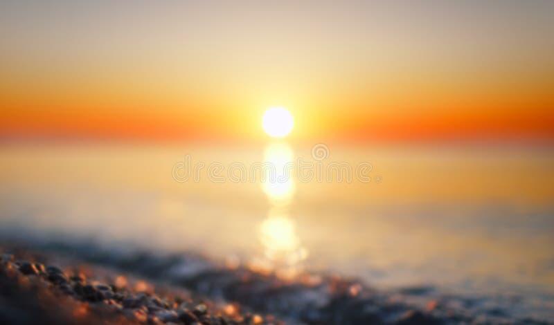 Mare vago di estate all'alba fotografia stock