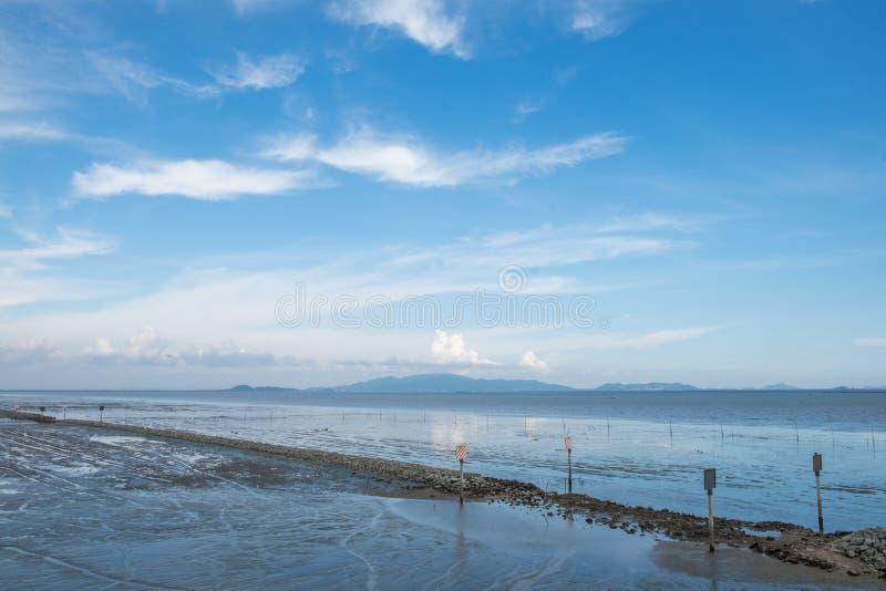 Marea baja en Tailandia samutprakan foto de archivo libre de regalías