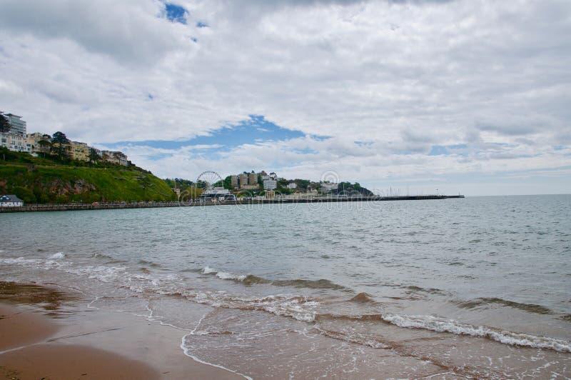 Mareas de la mañana y bahía de Torquay imagen de archivo libre de regalías