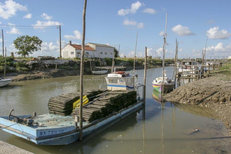 Marennes Γαλλία 12-13-2018 Παραδοσιακό λιμάνι για το λιμάνι farminTraditional στρειδιών για την καλλιέργεια στρειδιών Marennes Ol στοκ φωτογραφίες με δικαίωμα ελεύθερης χρήσης