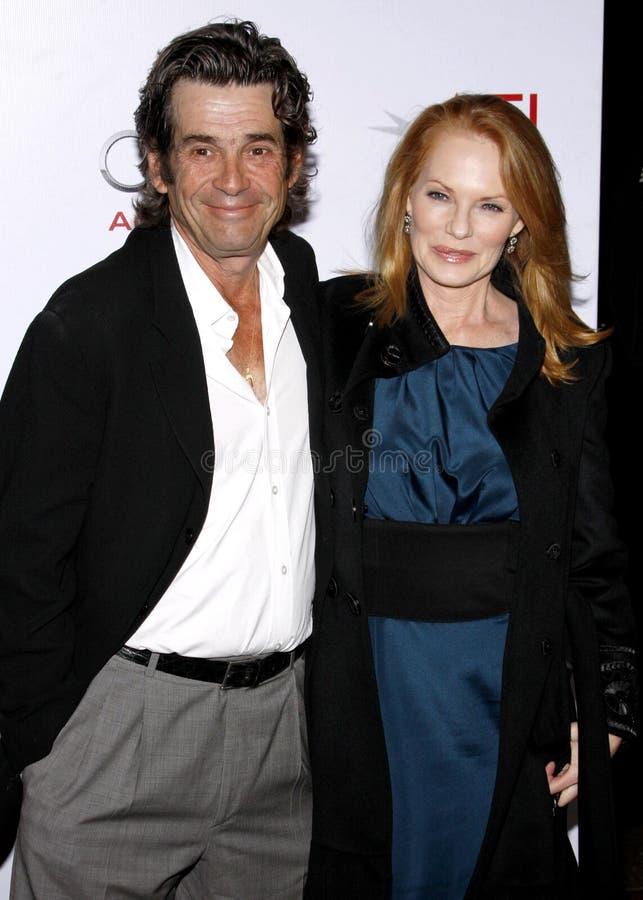 Marg Helgenberger e Alan Rosenberg fotografia stock
