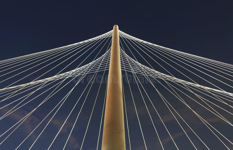 Margaret Hunt Hill Bridge Dallas, TX, USA arkivfoton