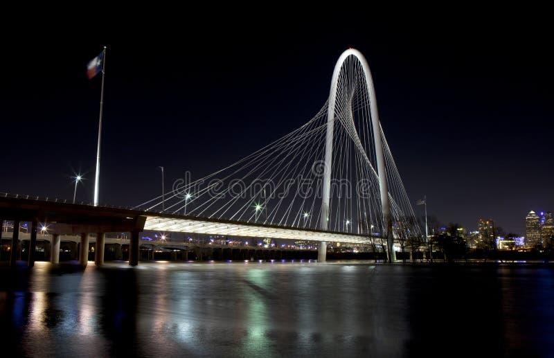 Margaret Hunt Hill Bridge in Dallas van de binnenstad, Texas stock foto