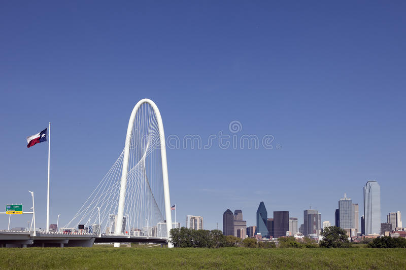 Margaret Hunt Hill Bridge, Horizon Dallas, Texas royalty-vrije stock foto
