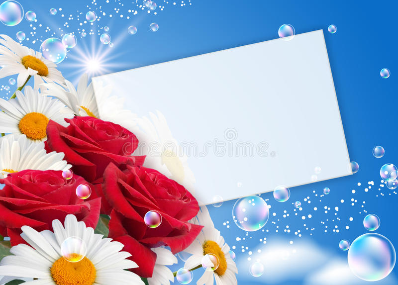 Margaridas, rosas e papel fotografia de stock royalty free