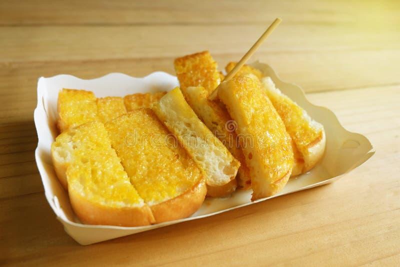 A margarina da propagação do brinde pôs o leite condensado Sweetened imagem de stock royalty free