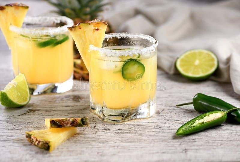 Margarita d'ananas avec le Jalapeno image stock