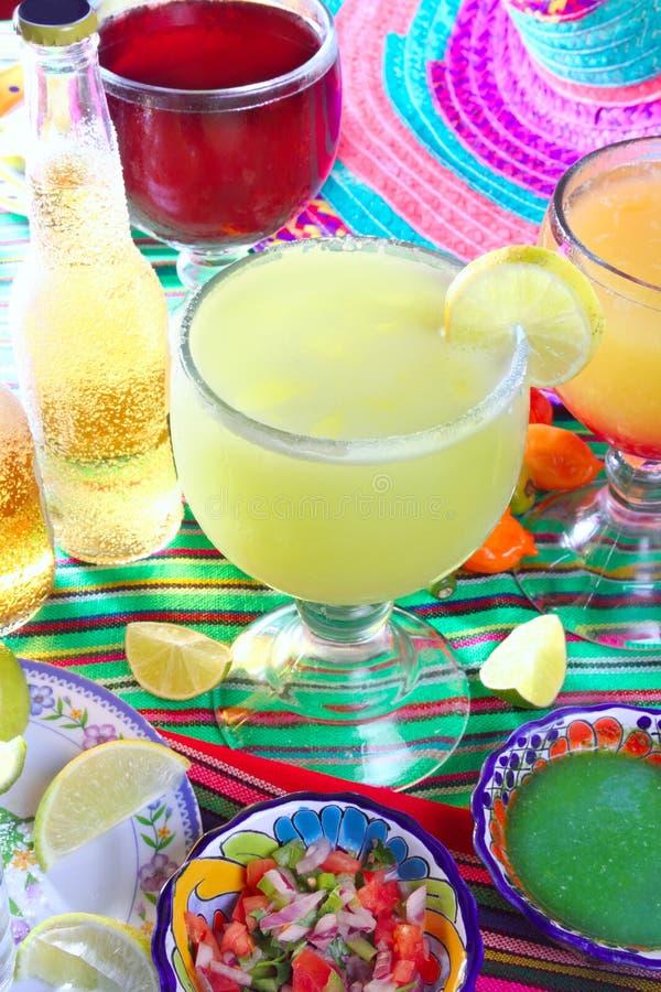 margaritan för strandölcoctail könsbestämmer tequila arkivbild