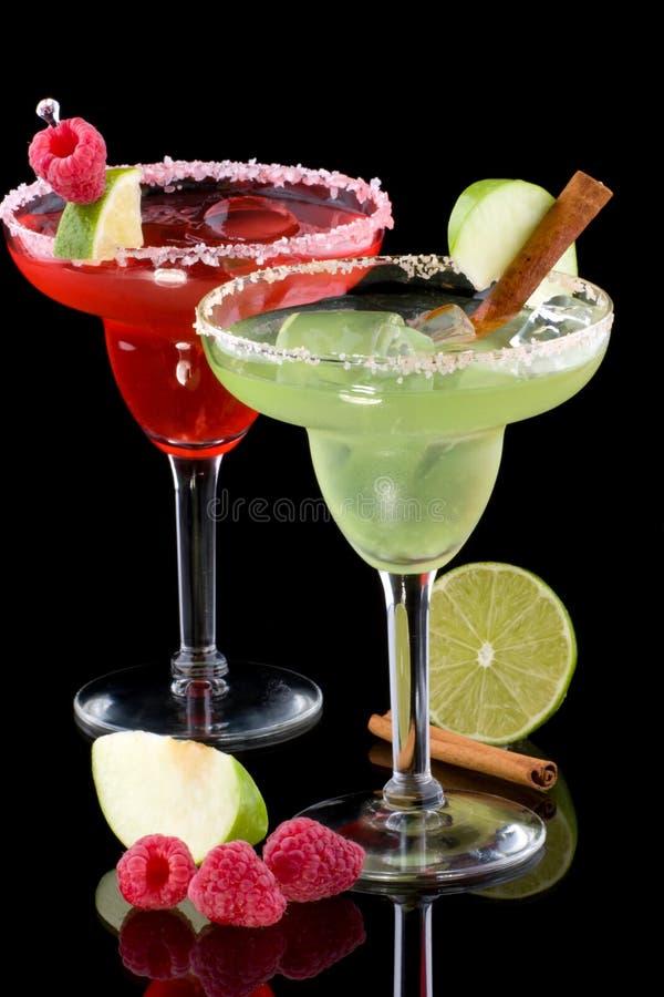 Margaritas del lampone e del Apple - la maggior parte del coc popolare immagini stock
