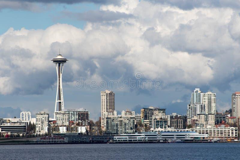Margem de Seattle e agulha do espaço fotografia de stock royalty free