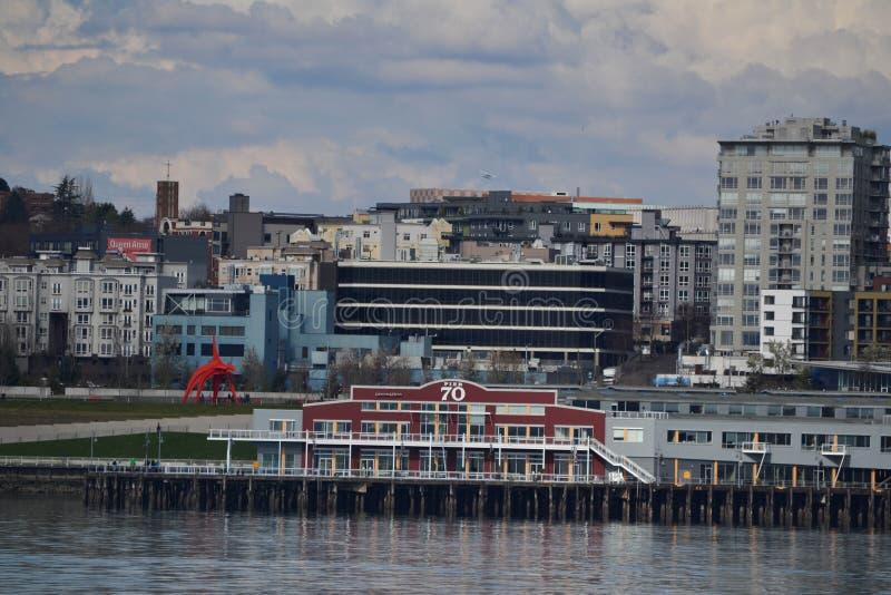 Margem e skyline, Seattle, Washington fotos de stock