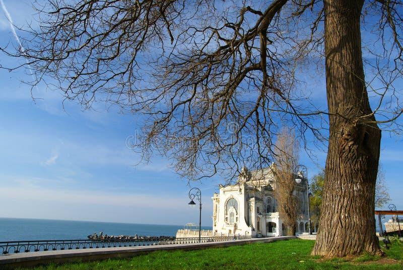 Margem no Mar Negro na cidade de Constanta, Romênia fotos de stock