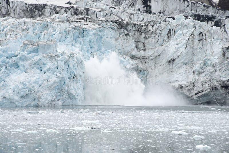Margerie Glacier Calving nationalpark för glaciärfjärd, Alaska royaltyfria bilder
