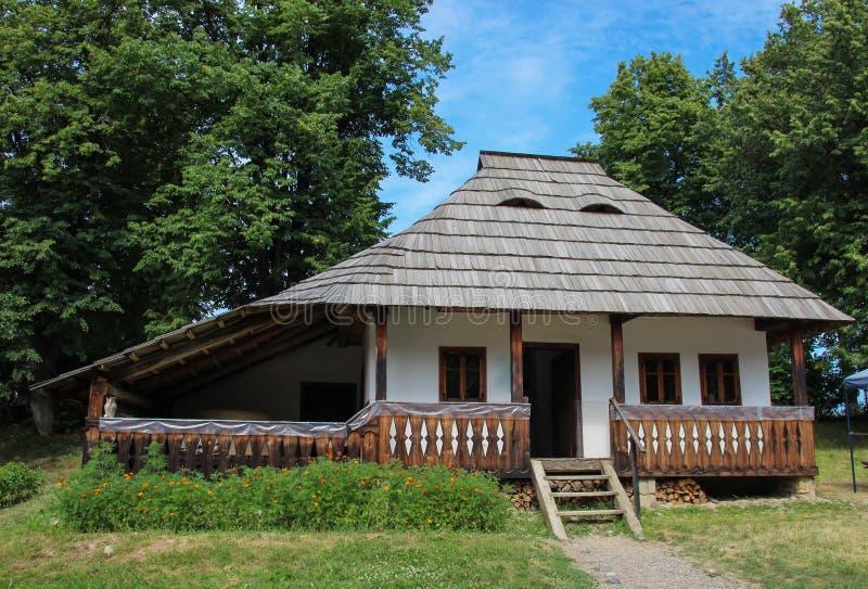 Marginea Sueava村庄博物馆的瓦器车间 图库摄影