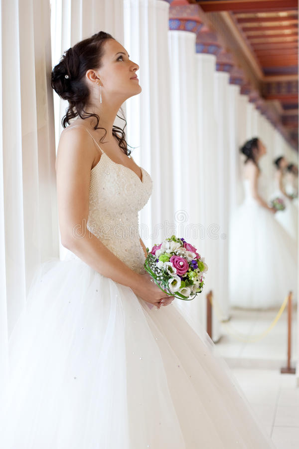 Mariée attirante images stock