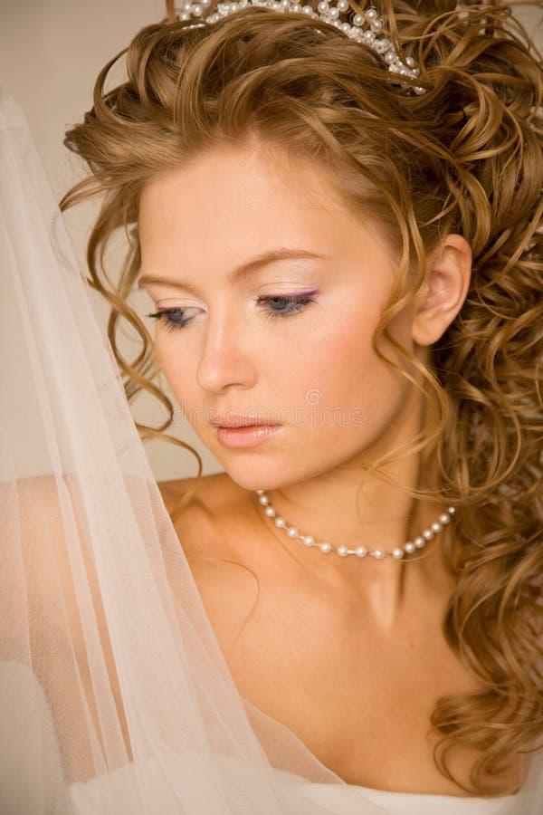 Mariée avec le voile photo stock