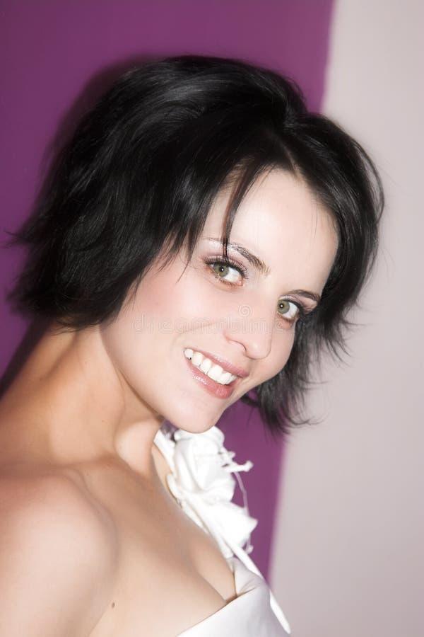 Mariée de Brunette photographie stock libre de droits