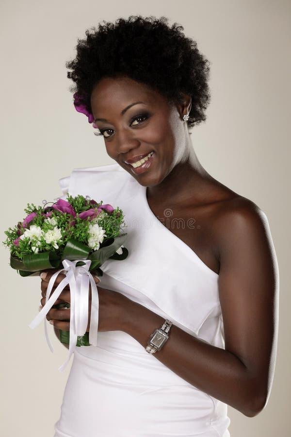Mariée de sourire images stock