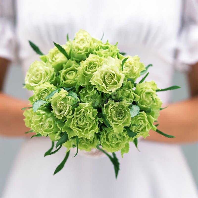 Mariée et Bouquet-2 image stock