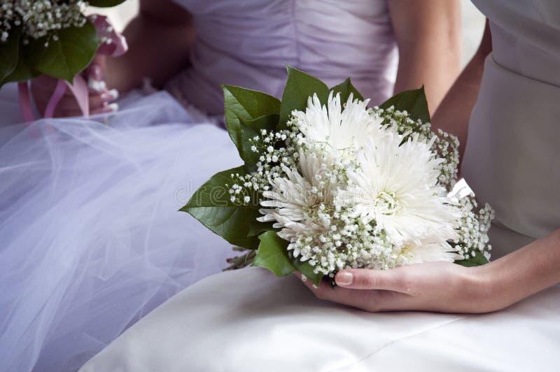 Mariée Et Bouquet Images libres de droits