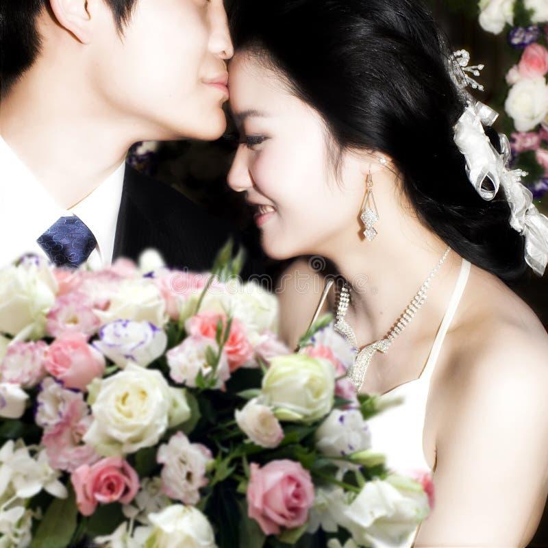 Mariée et marié sur le mariage photographie stock