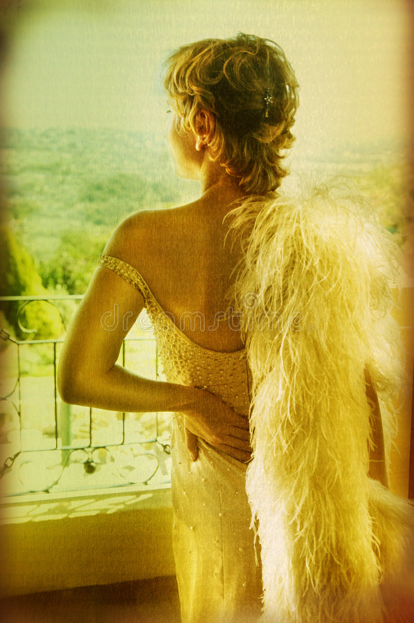 Mariée grunge dans la robe de cru photographie stock