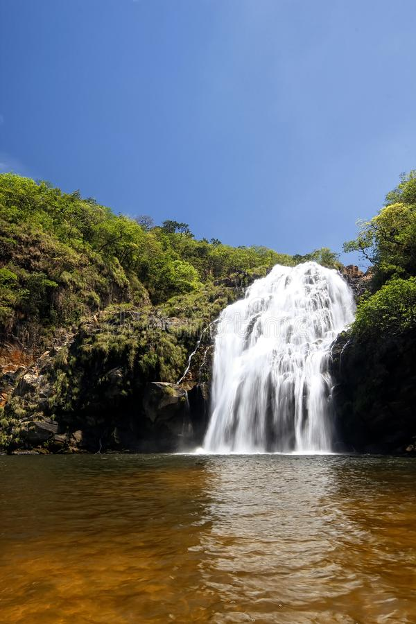 Maria Augusta Waterfall på Sao Batista gör Gloria, Serra da Canastra - Minas Gerais, Brasilien royaltyfria bilder