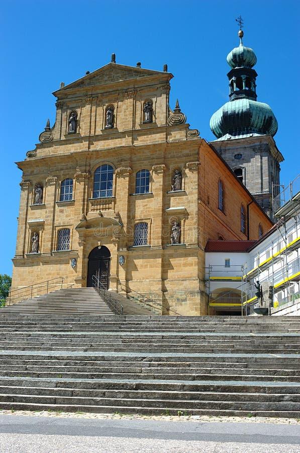 maria för ambergkyrkahjälp mariahilfkirche s royaltyfri foto