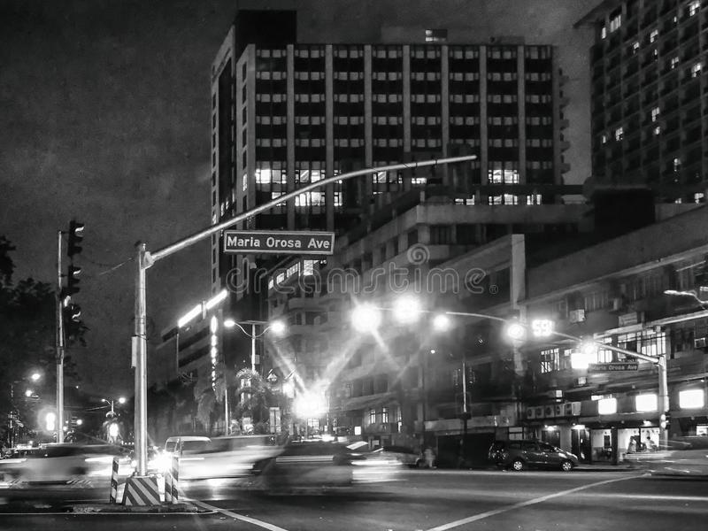 Maria Orosa Avenue, uma das estradas principais no metro Manila Philip foto de stock