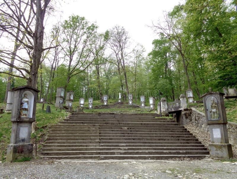 Maria Radna Franciscan Monastery - Pelerin-Hügel - die Straße des quer- Lipova, Arad, Rumänien stockfotos