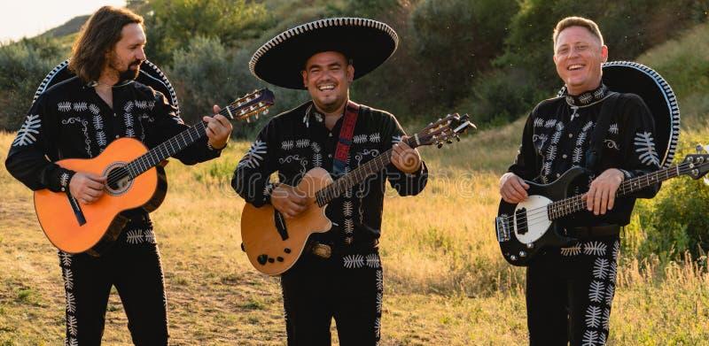 Mariachi mexicano de los músicos fotografía de archivo libre de regalías