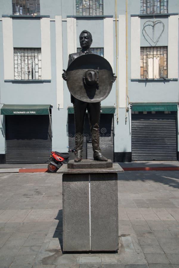 Mariachistatue Piazza Garibaldi in Mexiko City stockfotografie