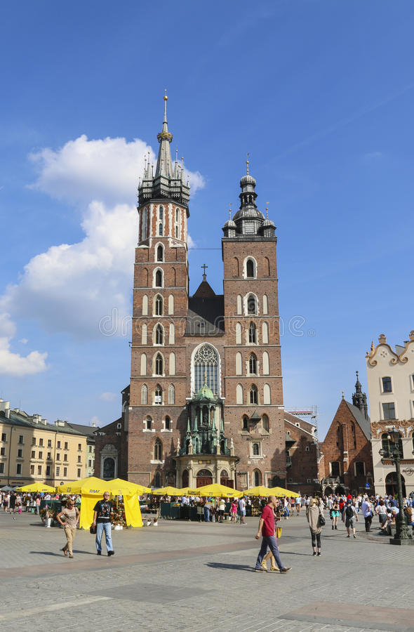 Mariacki-Kirche, Kirche neben dem Hauptmarktplatz Krak stockfotografie