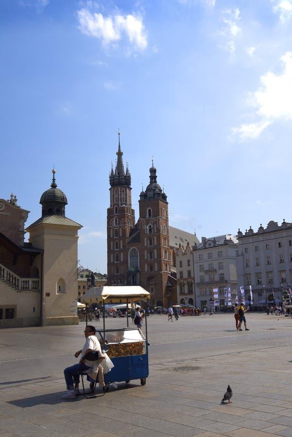 Mariacki kościół w Targowym kwadracie w Krakow Krakow nieoficjalny kulturalny kapitał Polska obraz royalty free
