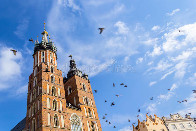 Mariackikerk, Krakau, Polen, Europa stock afbeelding
