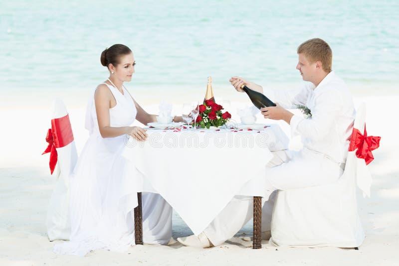 Mariage de plage photo stock