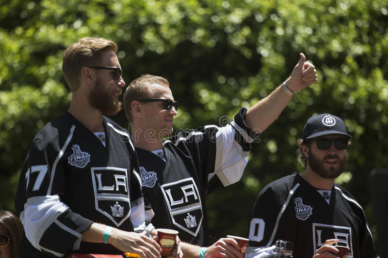 Marian Gaborik, Mike Richards et Jeff Carter à rois 2014 Stanley Cup Victory Parade, Los Angeles, la Californie, Etats-Unis de LA images libres de droits