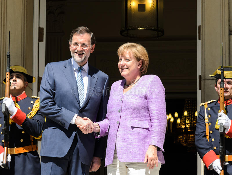 Mariano Rajoy und Angela Merkel lizenzfreie stockbilder