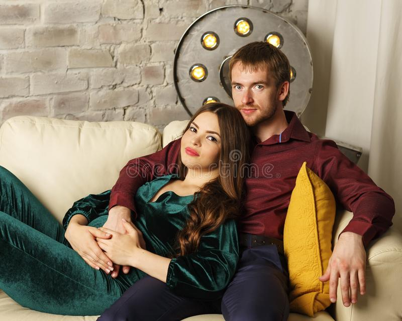 Marido e esposa grávida fotos de stock