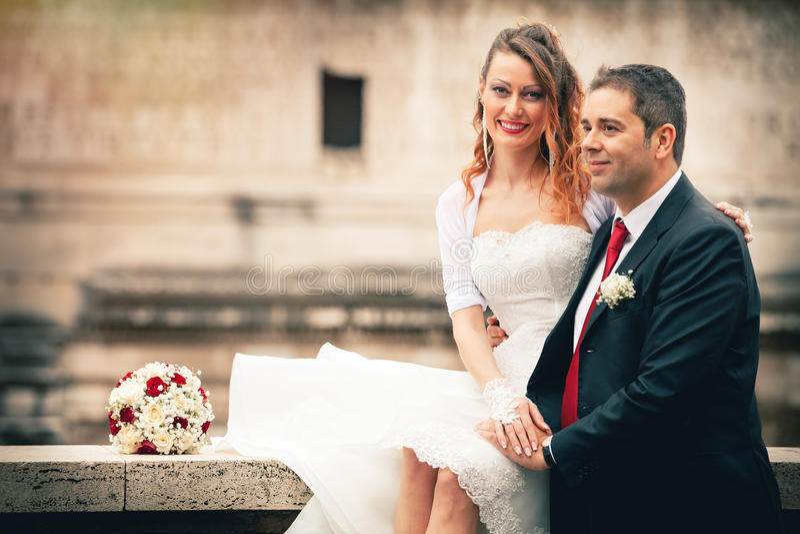 Marido y esposa Boda de los pares newlyweds fotografía de archivo