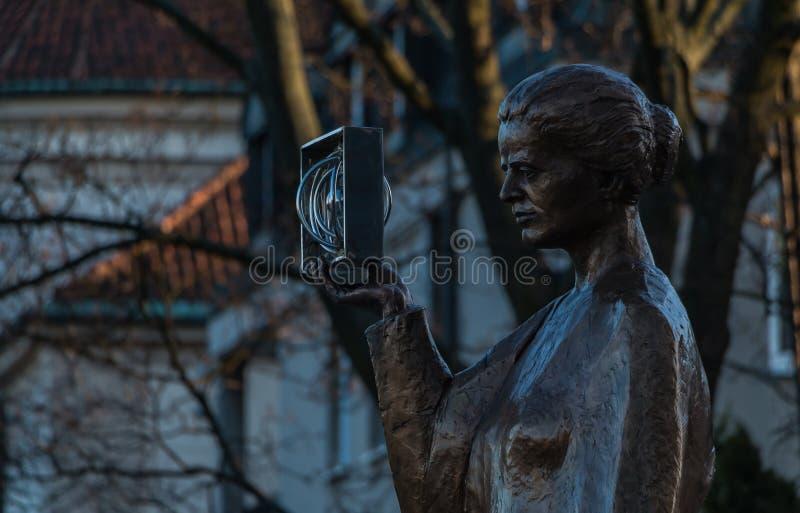 Marie Curie Statue stock afbeeldingen